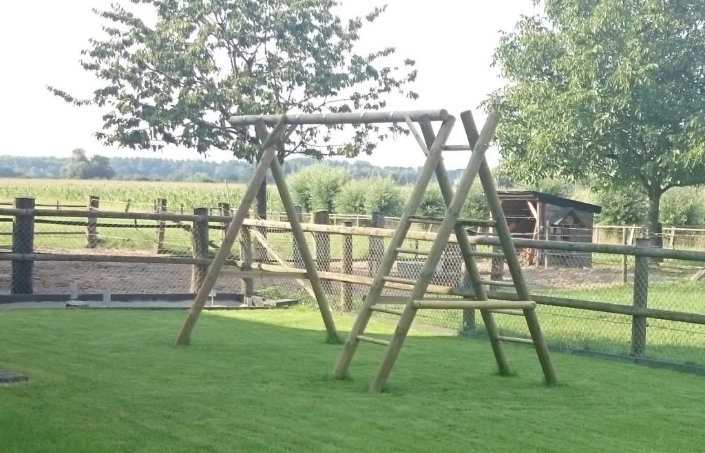 Klettergerüst Mit Schaukel Garten : Klettergeruest garten holz schön fantastisch klettergerüst
