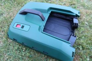 Grasfangkorb des Bosch AdvancedRotak 750 aufgebaut